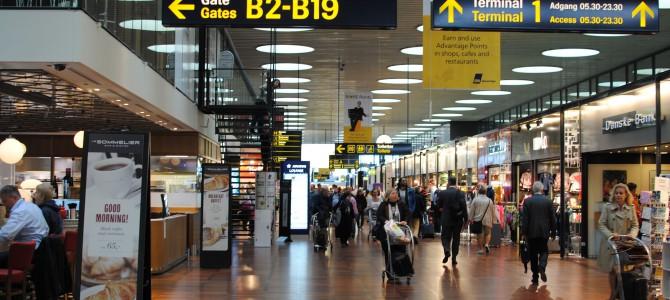 Copenhagen Airport & SAS Lounge.