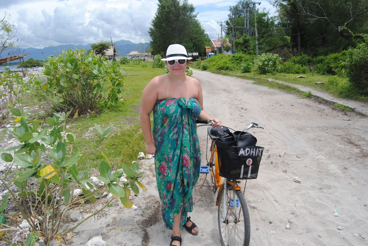 biking around gili trawangan