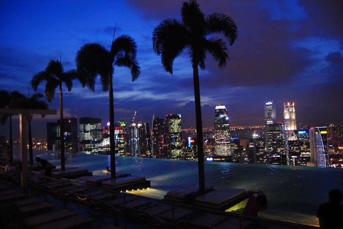Marina Bay Sands infinity pool night view